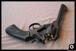 webley-mk-iv-well-airsoft-revolver-oioiairsoft-review-24