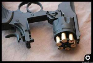 webley-mk-iv-well-airsoft-revolver-oioiairsoft-review-31