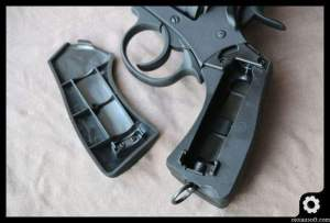 webley-mk-iv-well-airsoft-revolver-oioiairsoft-review-63