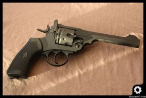 webley-mk-iv-well-airsoft-revolver-oioiairsoft-review-7